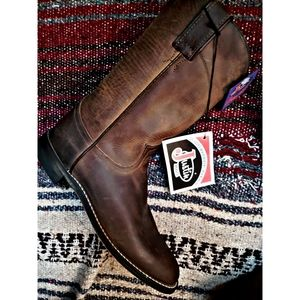 "*NWT* ""JUSTIN'S BOOTS"" GENUINE LEATHER BOOTS"